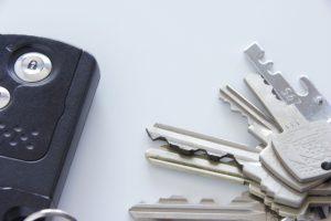 車の鍵 インロック